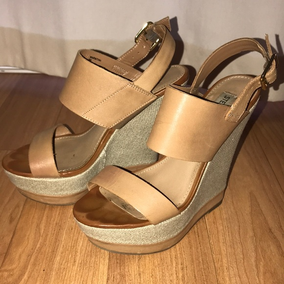 Steve Madden Warmth Wedge